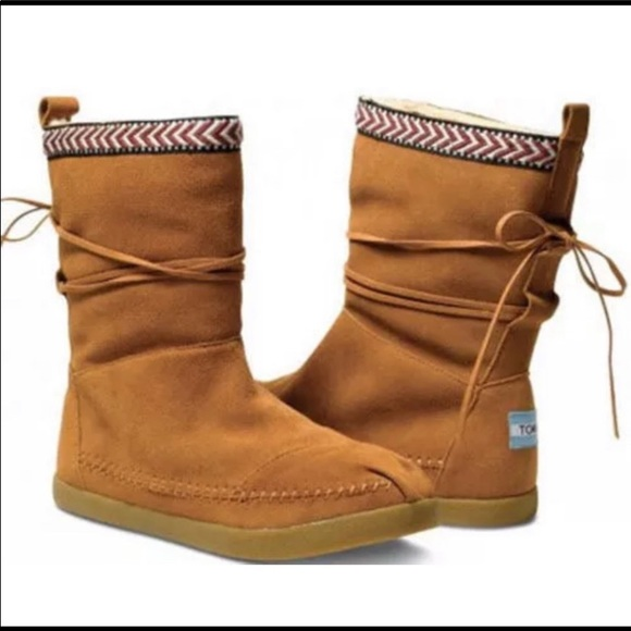 Toms Shoes   Nepal Boots   Poshmark